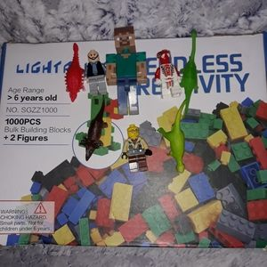 Lego Accessories - Lego box with Lego figures